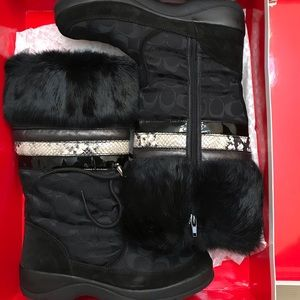 Coach Lorna Fur Monogramed Boots Size 9